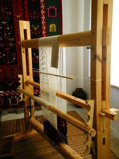 vertical loom set up  | KILIM weaving 1 - looms, tools, techniques