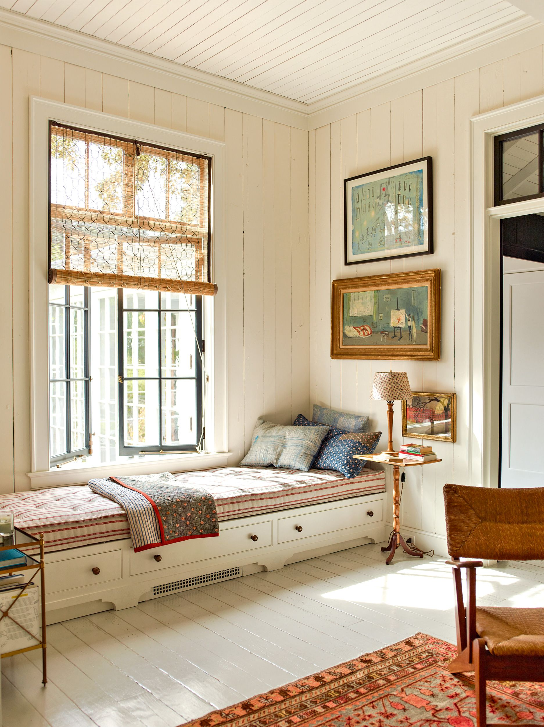 Ideas For Creating A Cozy Reading Nook In 2020 Cozy Reading Nook Long Living Room Reading Nook Window #reading #nook #living #room