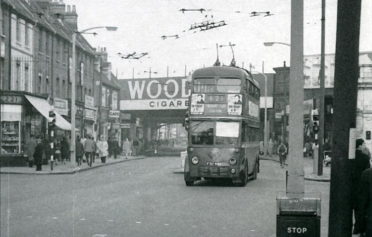 Seven Sisters Road, Finsbury Park 1960s | My Manor ...
