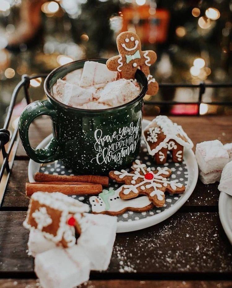 Resultado de imagen para pinterest Christmas hot coffee mugs and Snow views