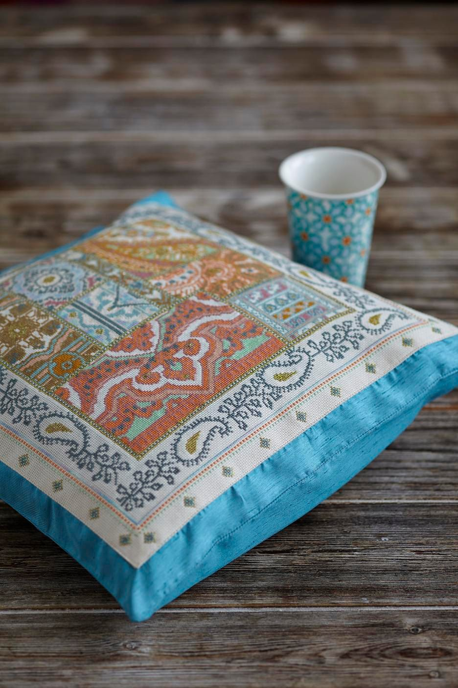 RESORT - coral,turquoise cross stitch pattern