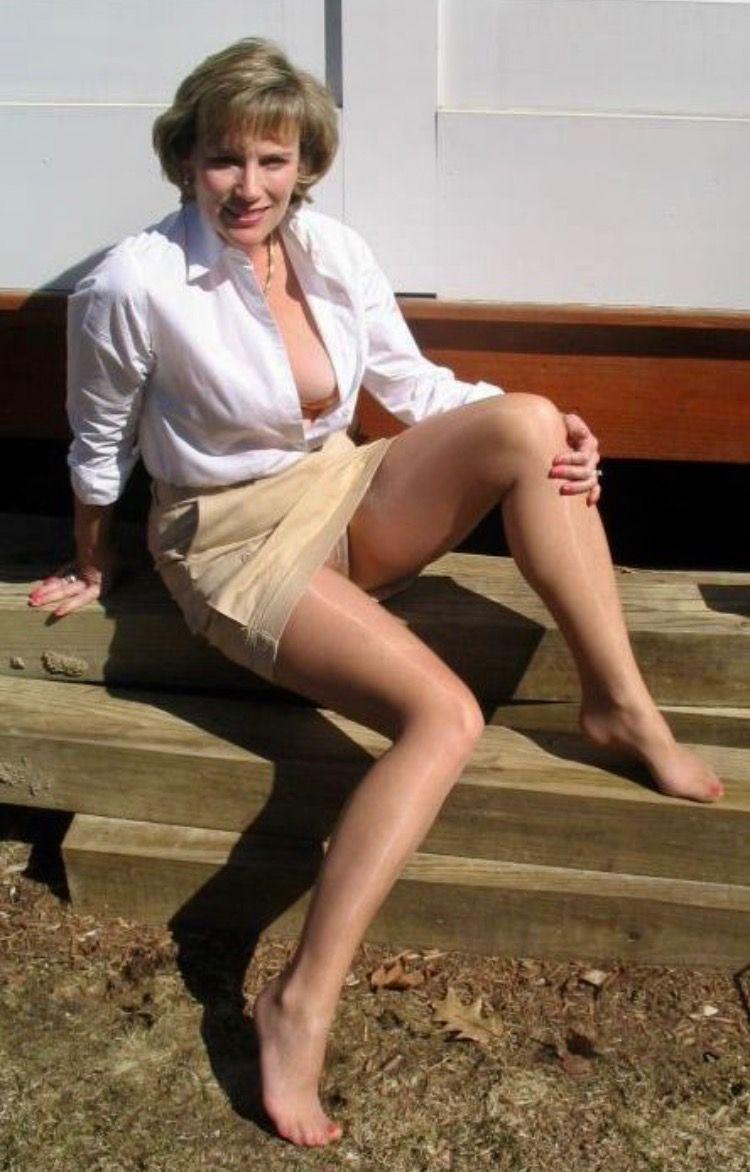 Pics of nude weman