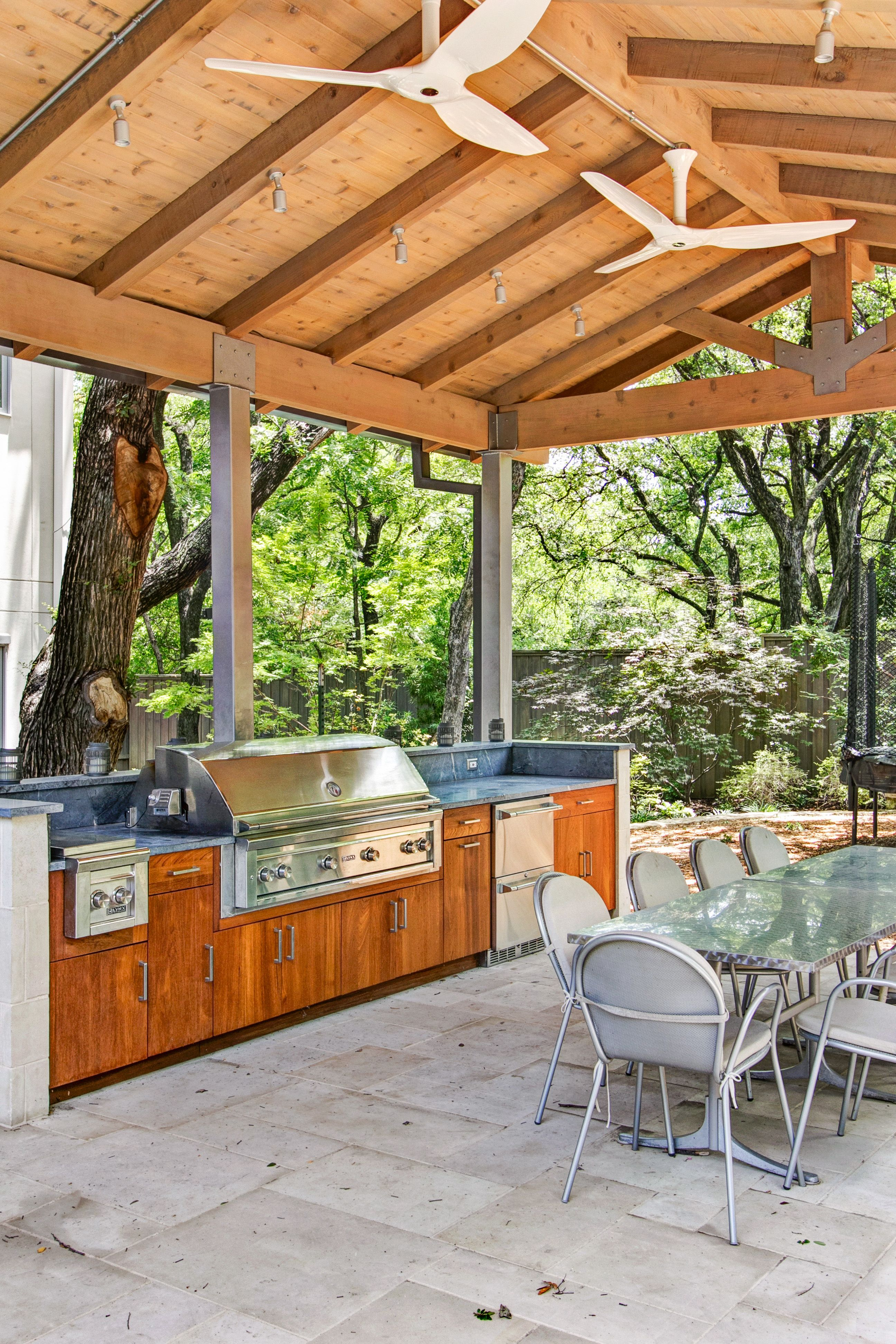 Teak Cabinets With Slab Door Lynx 54 Grill Double Side Burner And Drawer Fridge North Dallas W Outdoor Kitchen Cabinets Outdoor Kitchen Kitchen Design