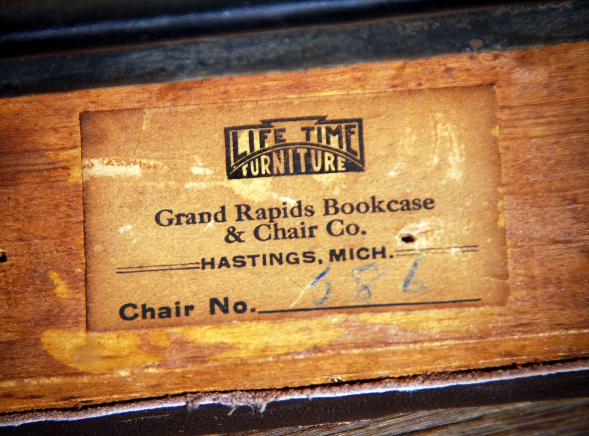 Pin By G8r On Grand Rapids Bookcase Chair Company Arts Crafts Style Mission Furniture Arts And Crafts