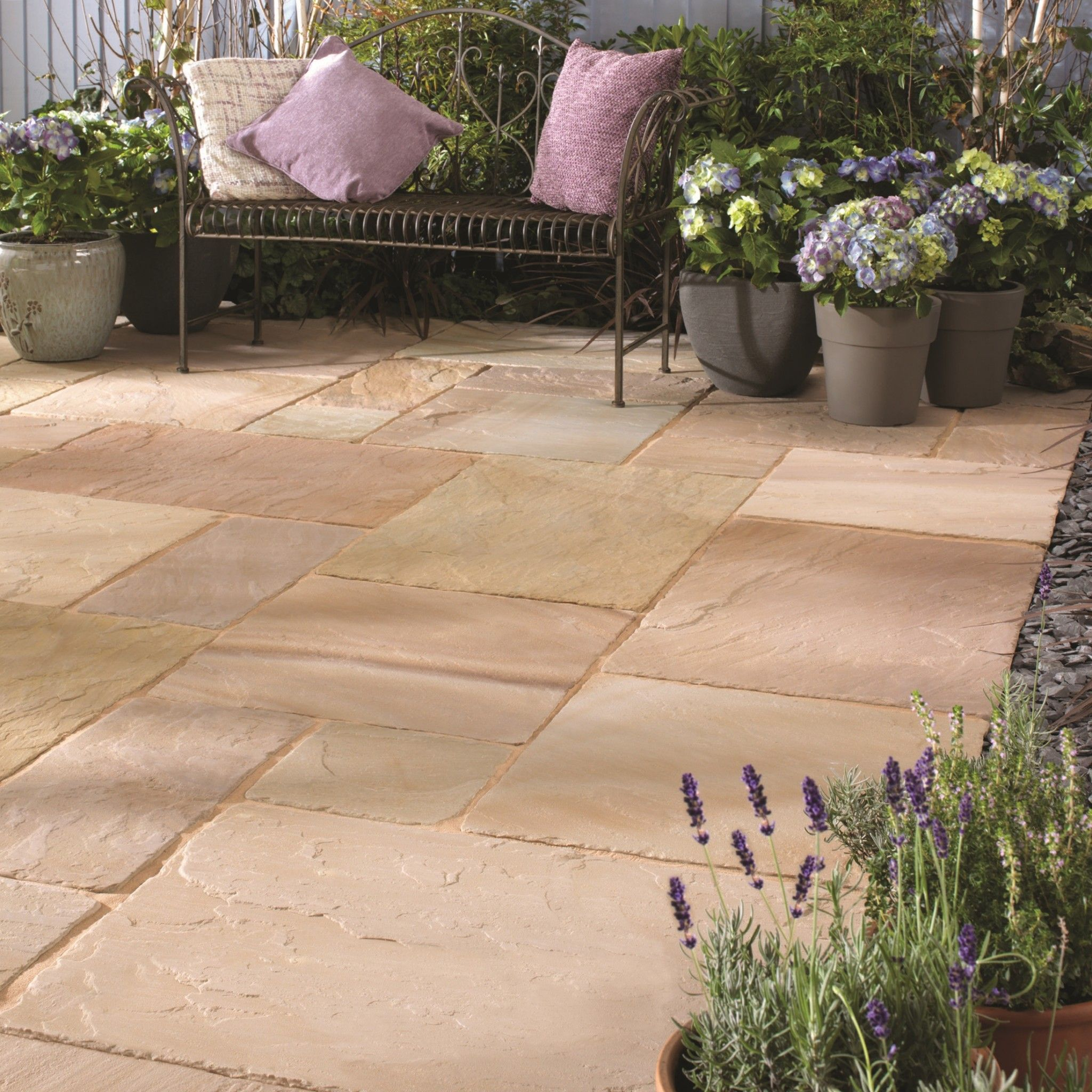 Bradstone Antique Natural Sandstone Paving Sunset Buff Patio Pack 15 30 M2 Per Pack Natural Stone Sandstone Paving Natural Stone Pavers Patio