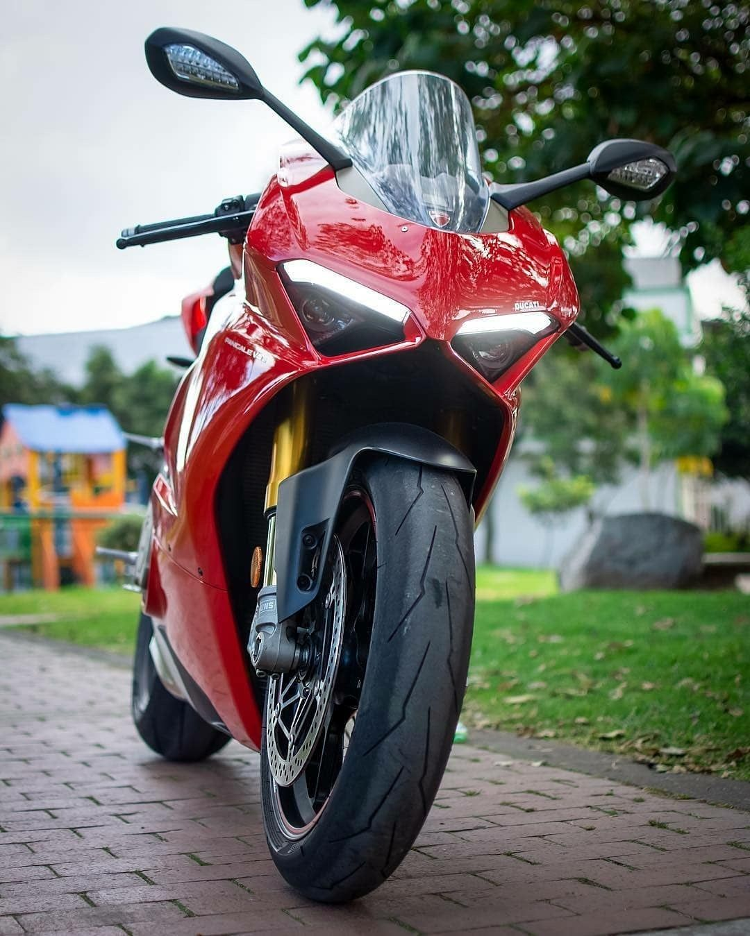 Pin de Handerson en Motos Ducati, Feliz navidad, Motos
