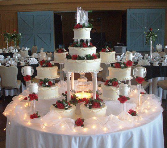 Round Fountain Wedding Cake Wedding Cakes Elegant Wedding