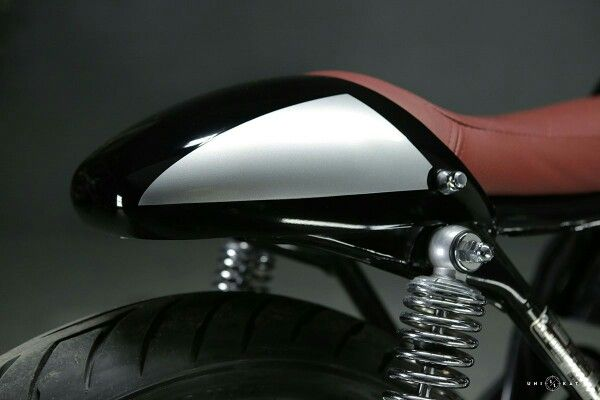Cowls Cafe Racers Racer Seat Headdress