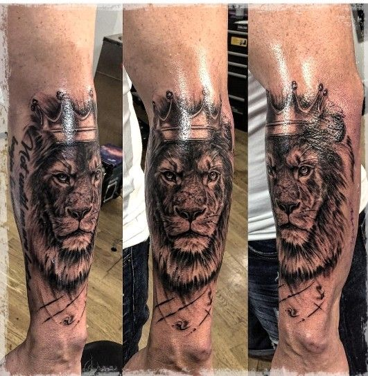 Lion Tattoo Sleeve Crown Lion King Stage 1 August 2018 Lion Tattoo Sleeves Lion King Tattoo King Tattoos