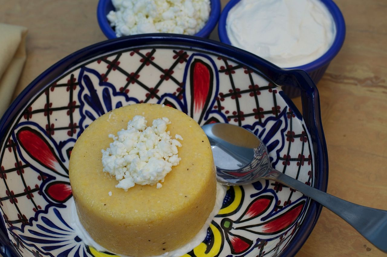 Romanian Corn Grits With Sour Cream And Cheese Mamalige The Weiser Kitchen Food Sour Cream Jewish Recipes