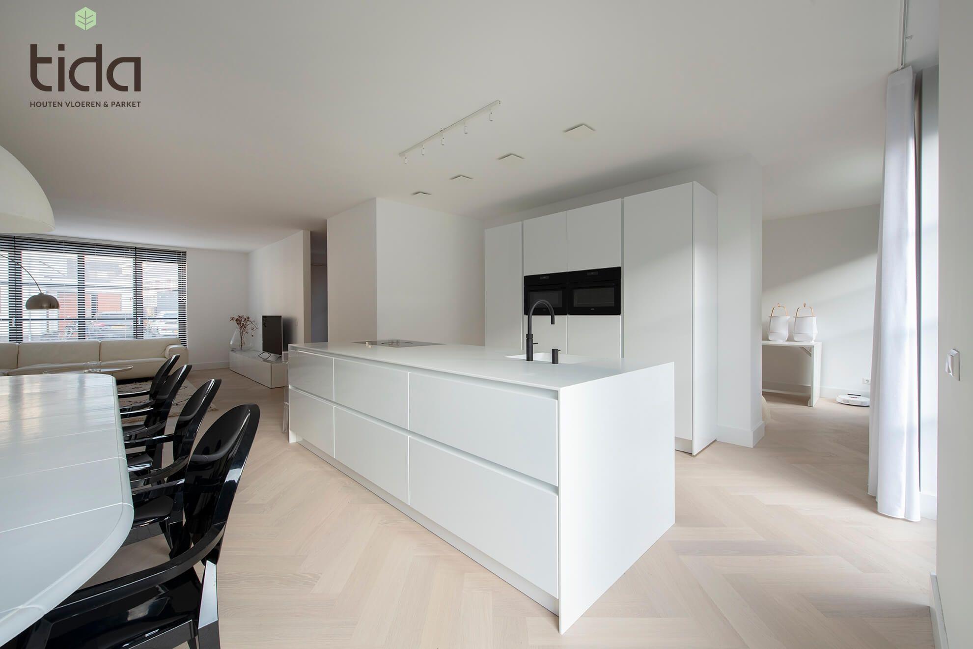 Witte Visgraatvloer Bauwerk Farina Tida Parket Tilburg Keuken Ontwerpen Keuken Ontwerp Keuken Ideeen Appartement