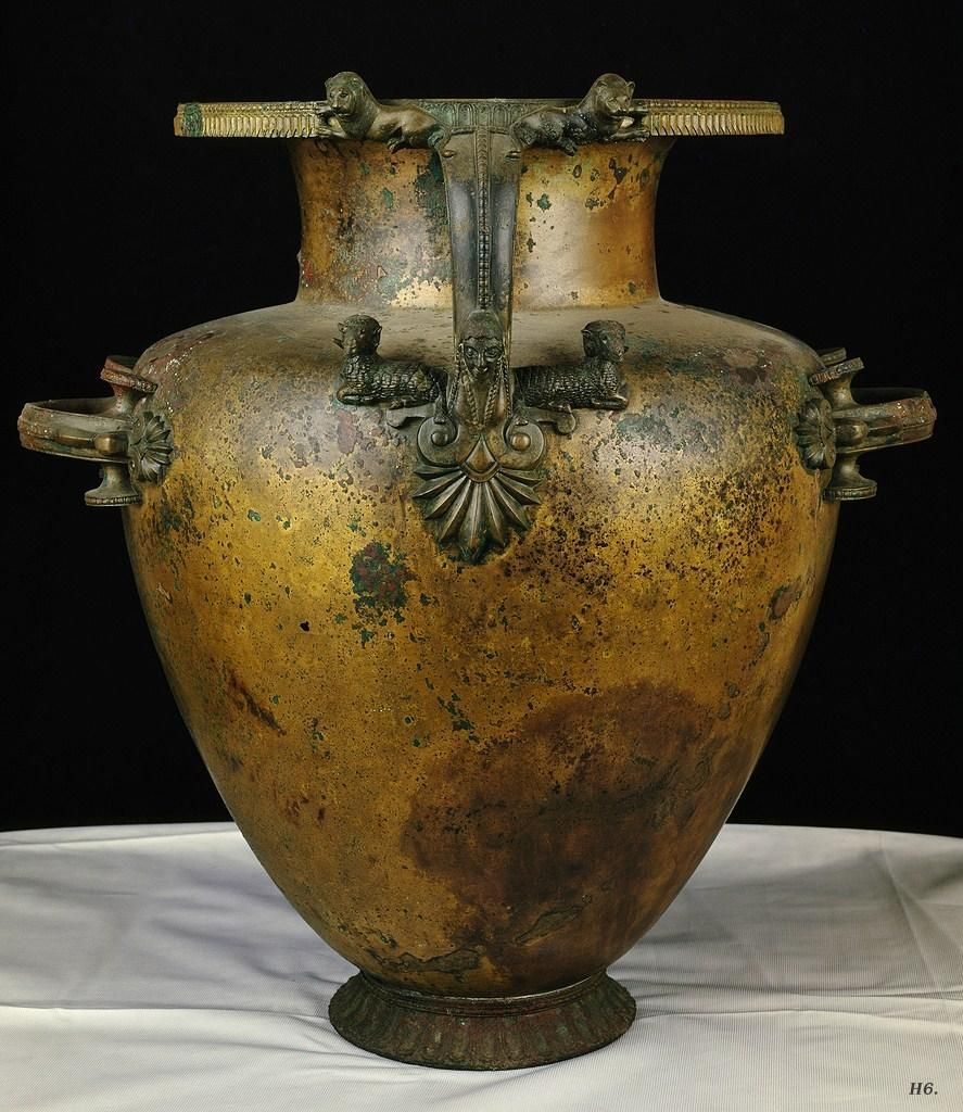 Hydria 6th Century B C E Greek Bronze National Archaeological Museum Paestum Ancient