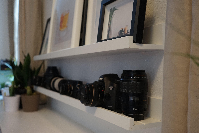 MOSSLANDA Picture ledge, white   Pinterest   Umzug, Schlafzimmer und ...