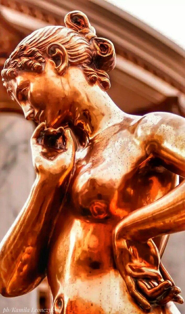 Thoughtful Statue Las Vegas #lasvegas#statue#hotel#nevada