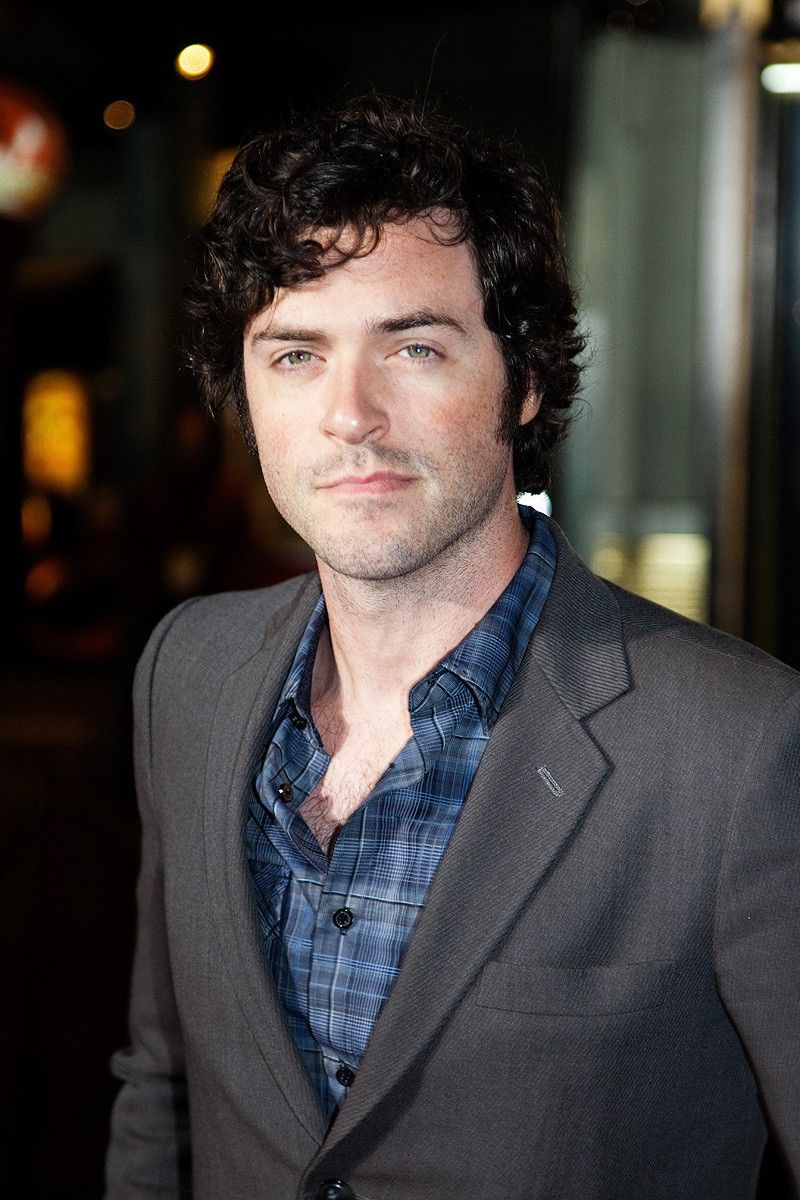 brendan hines girlfriend