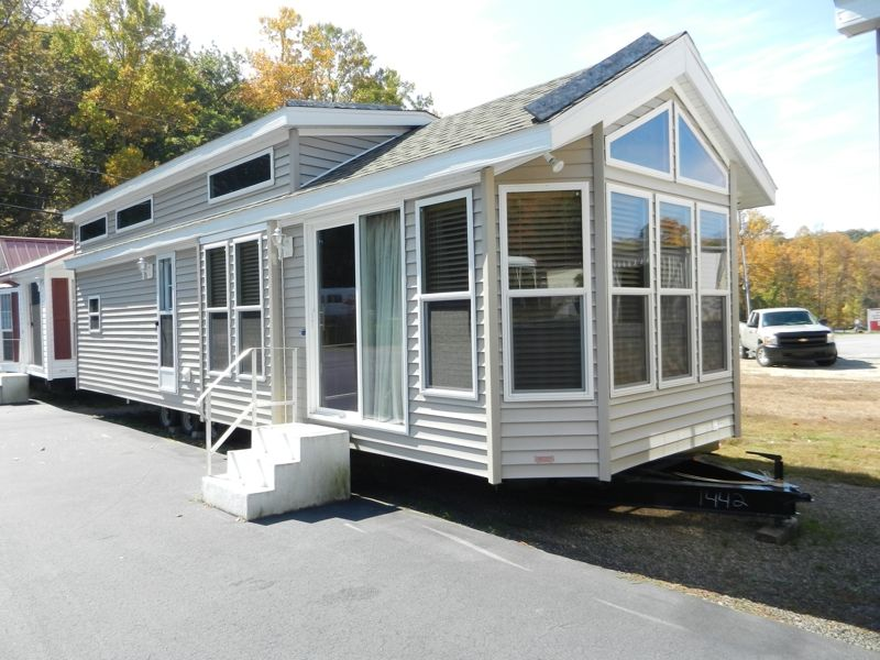 Tiny Homes And Cottages Tiny Homes Park Model Homes Cottage Tiny House