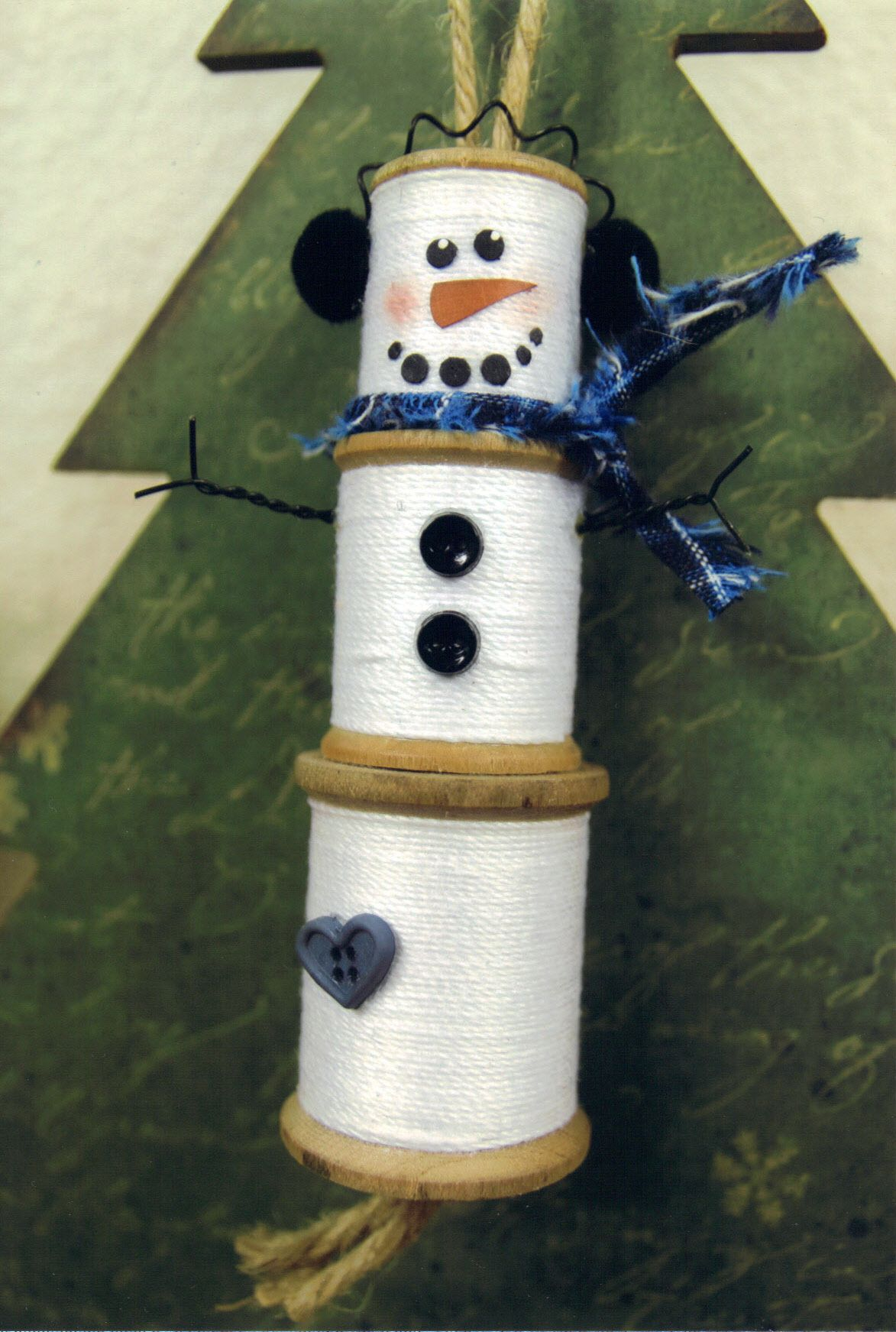 Lastminute Wooden Spools Snowman … Christmas ornaments
