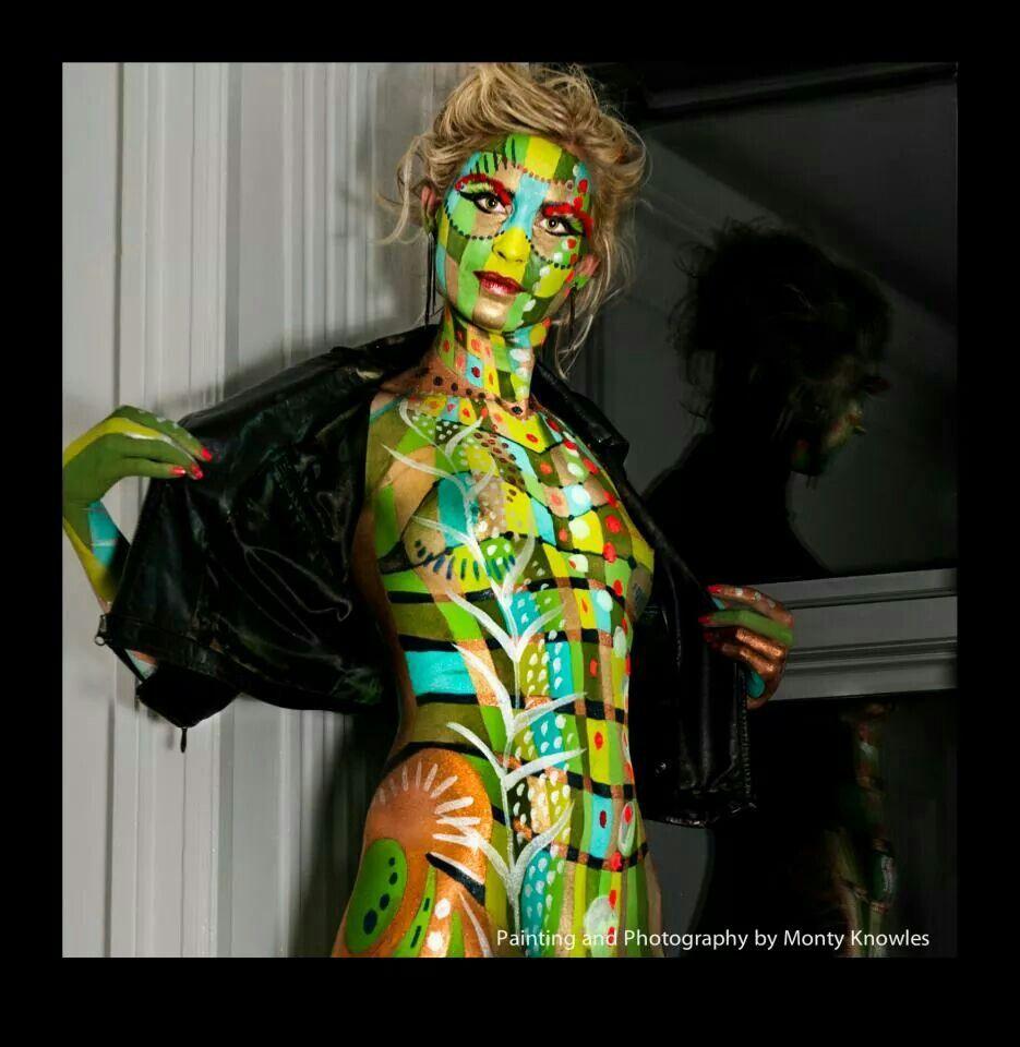 Beautiful CubismBy: Mona TurnbullFinalist in the Body Art