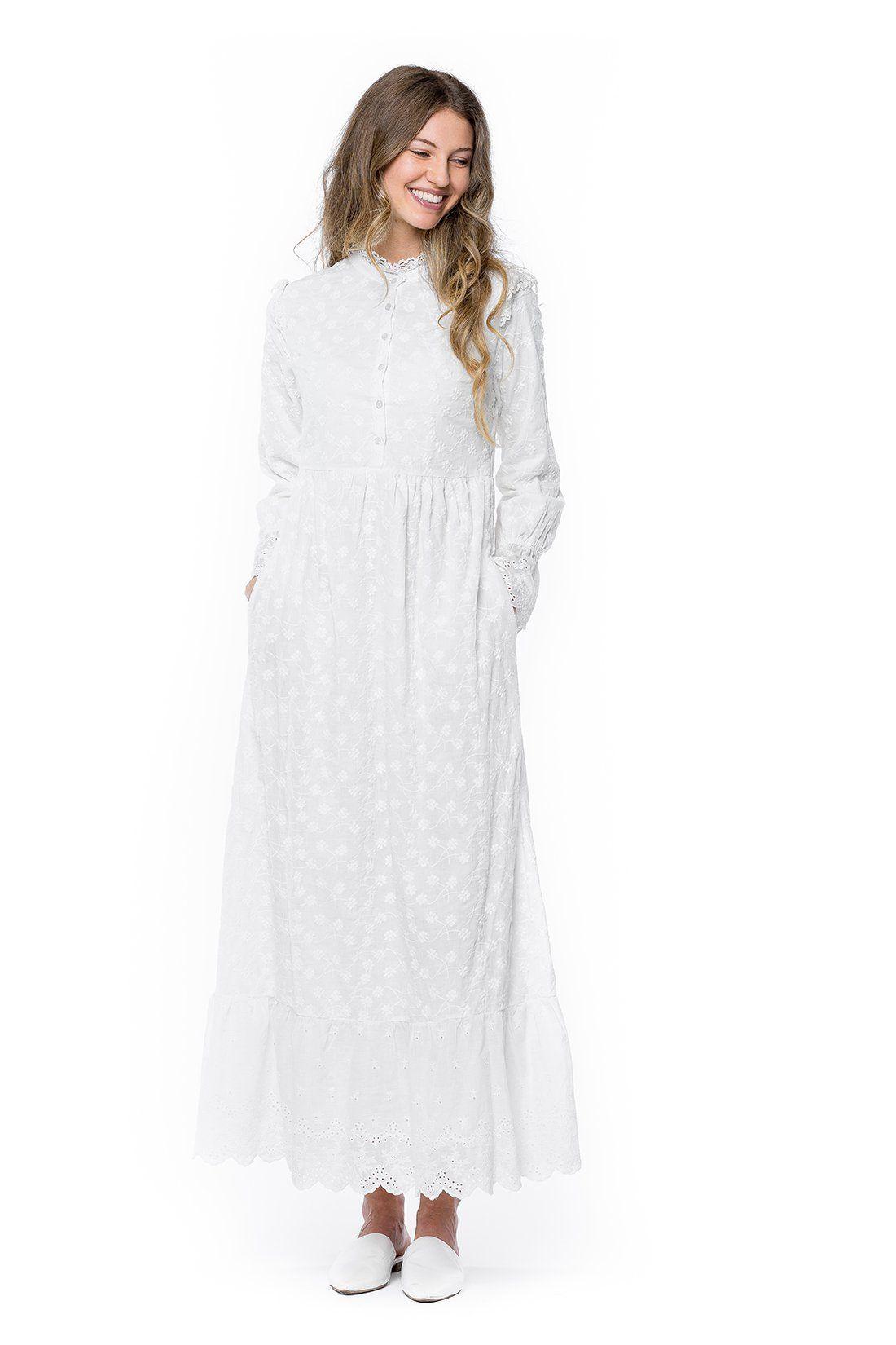 30 Stunning Temple Dresses Any Latter Day Saint Woman Would Love To Wear Temple Dress Modest White Dress Edwardian Fashion Dresses [ 1650 x 1100 Pixel ]