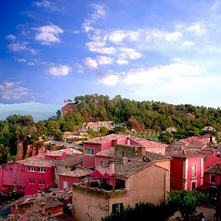 """this town is pretty in it's original ochre color...photoshoping to pink was an """"interesting"""" choice"""