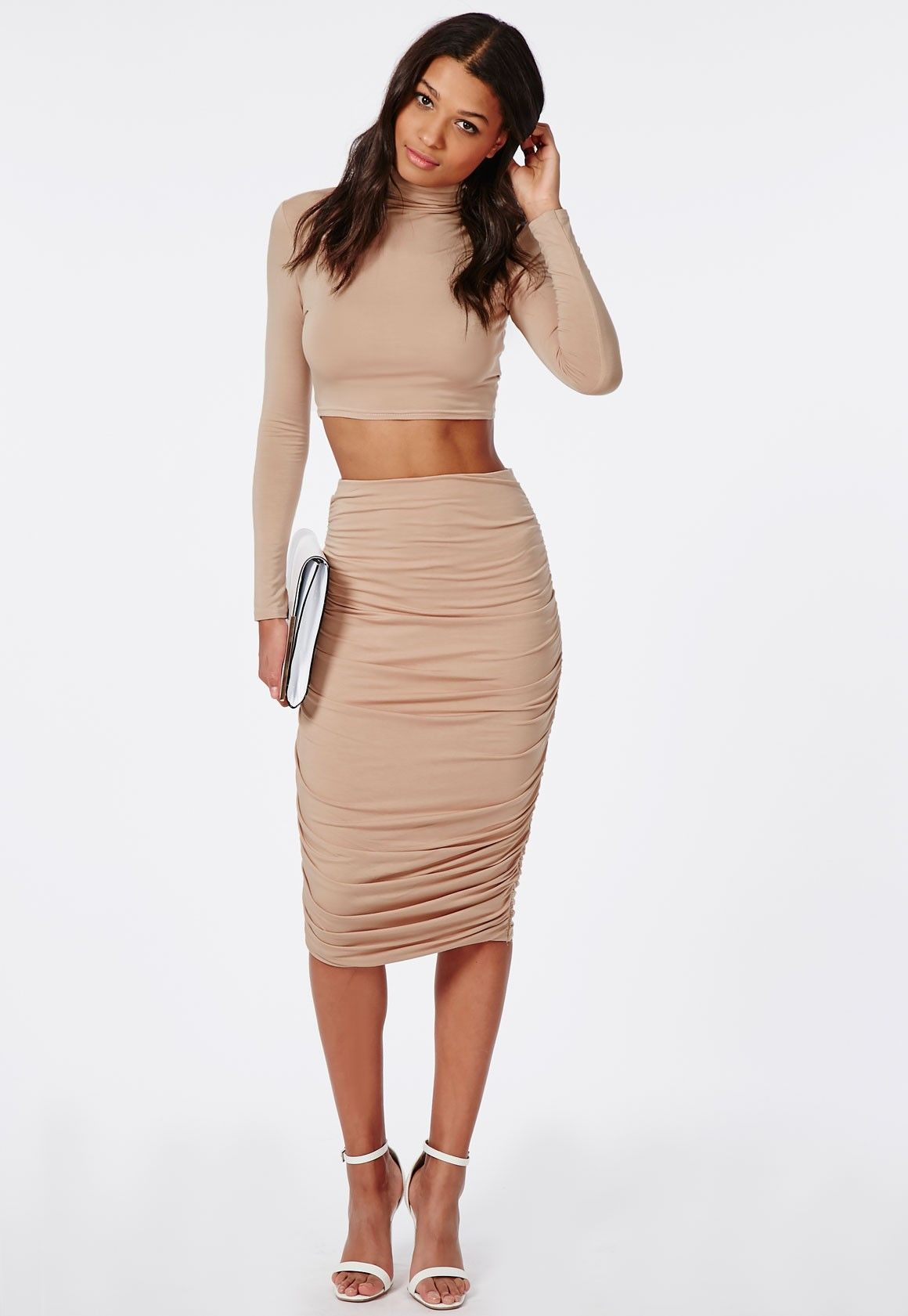 This ruched jersey midi skirt is simple but really packs a punch ...