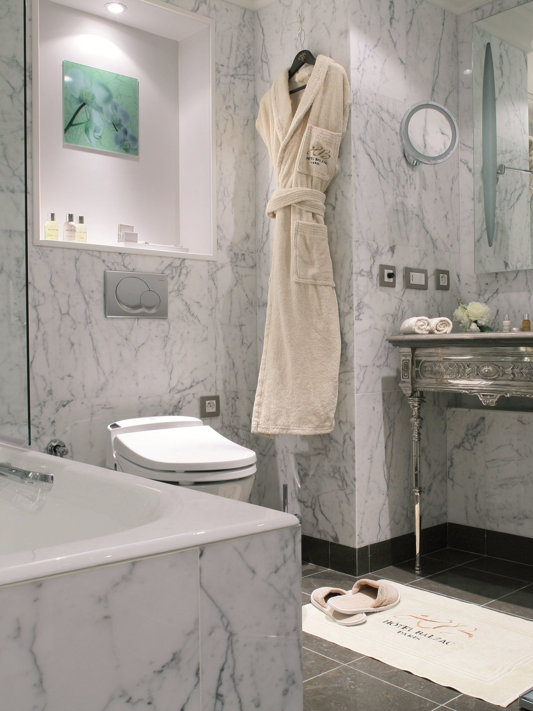 Spacious Marble Bathrooms With Bathtubs Separate Showers In Hotel