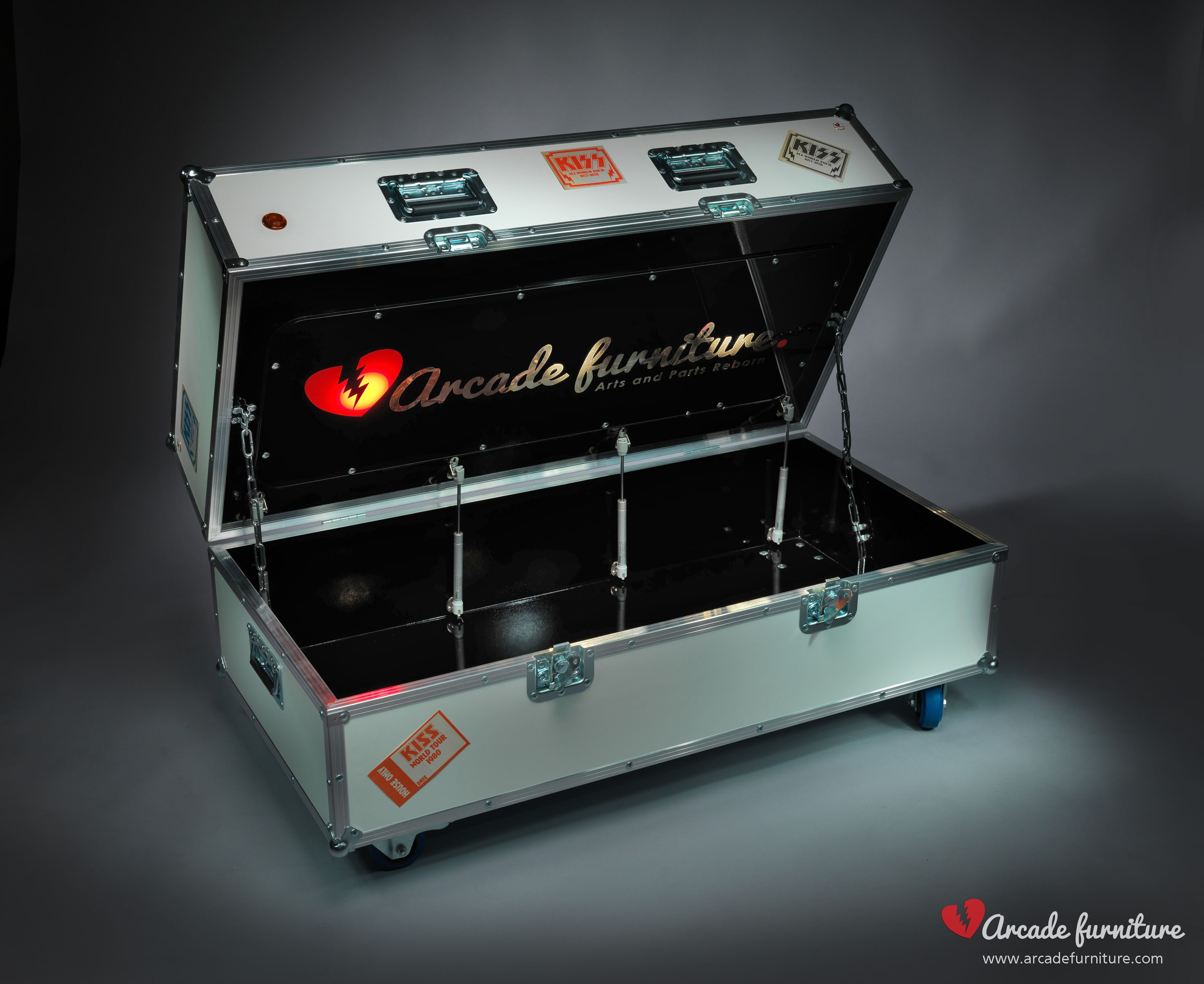 True to life flight case as built for real touring bands using ...