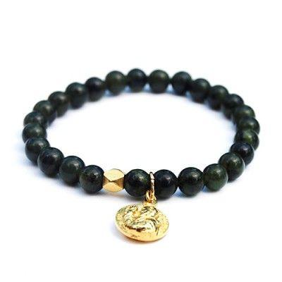 JAYDA - Canadian jade gold charm bracelet | © VELINA