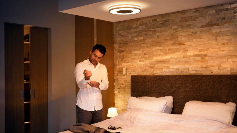 Plafoniera A Led Beign Philips Hue : Philips hue fair black in lights kit homes office