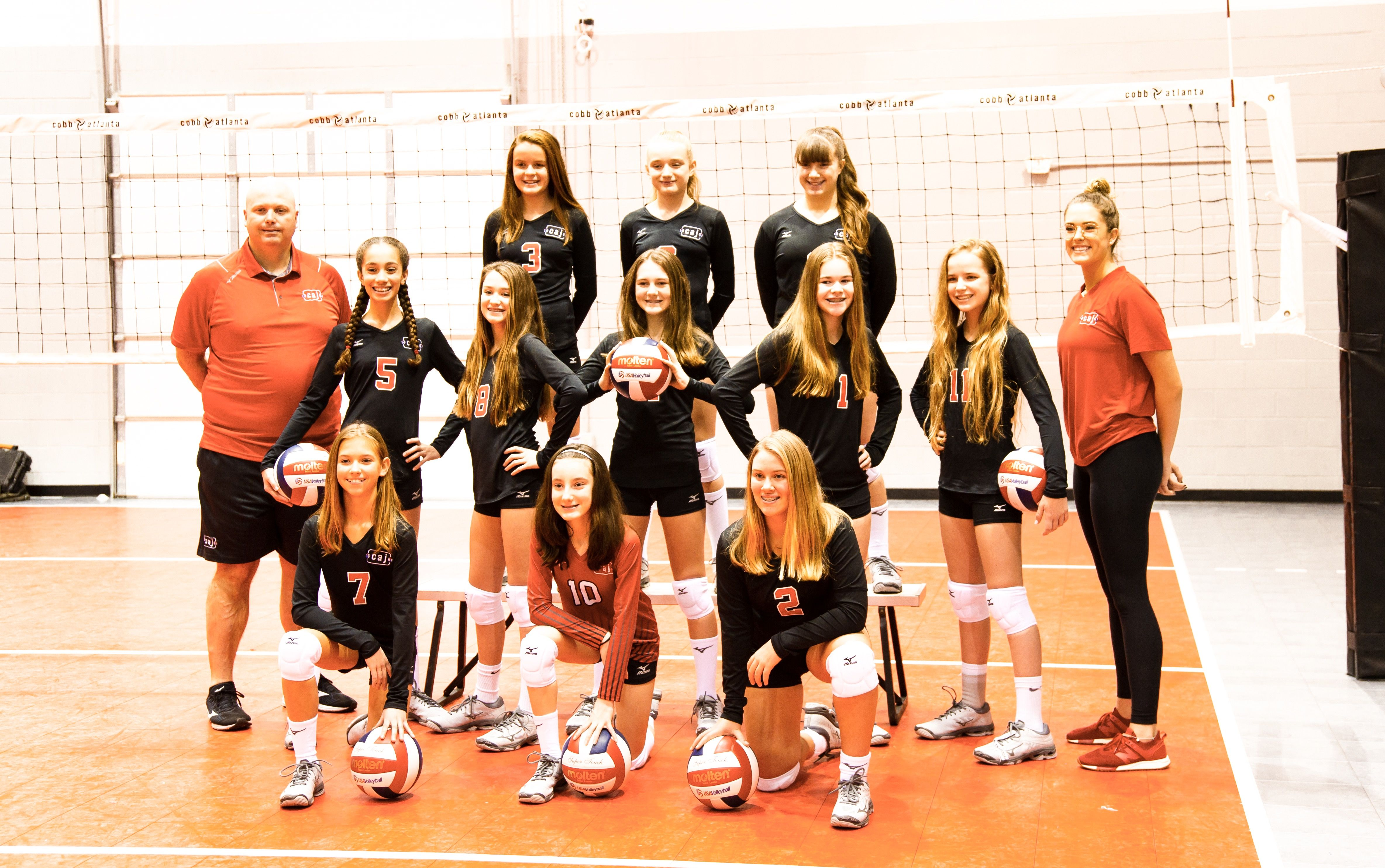 Pin By Siena Cary On Volleyball Volleyball Team Pictures Volleyball Inspiration Volleyball Pictures
