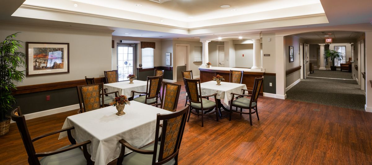 THE GRAND Skilled Nursing & Rehabilitation Dining Room