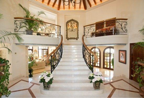 Interiores de casas buscar con google casa pinterest - Escaleras de casas de lujo ...