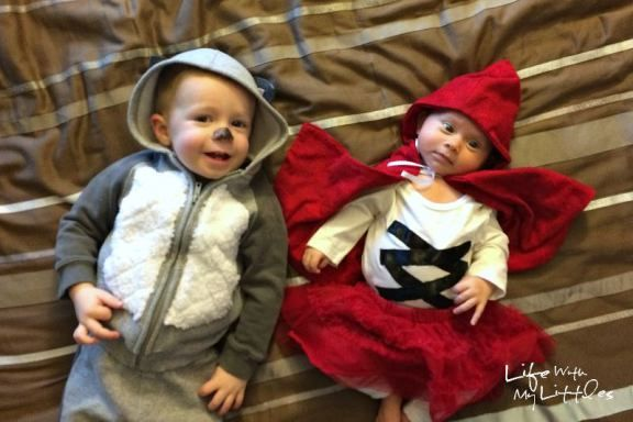 25 Baby and Toddler Halloween Costumes for Siblings Munchkins - sisters halloween costume ideas