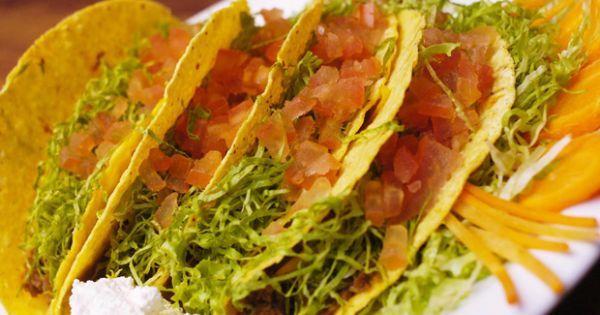 A base dos pratos do México são de milho e bem temperadas com boas doses de pimenta. Além disso, os drinques são famosos e adorados em qualquer lugar do globo. Confira as receitas para deixar seu almoço mais caliente!
