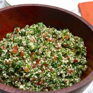 Super Easy Grain-Free Cauliflower Tabouli