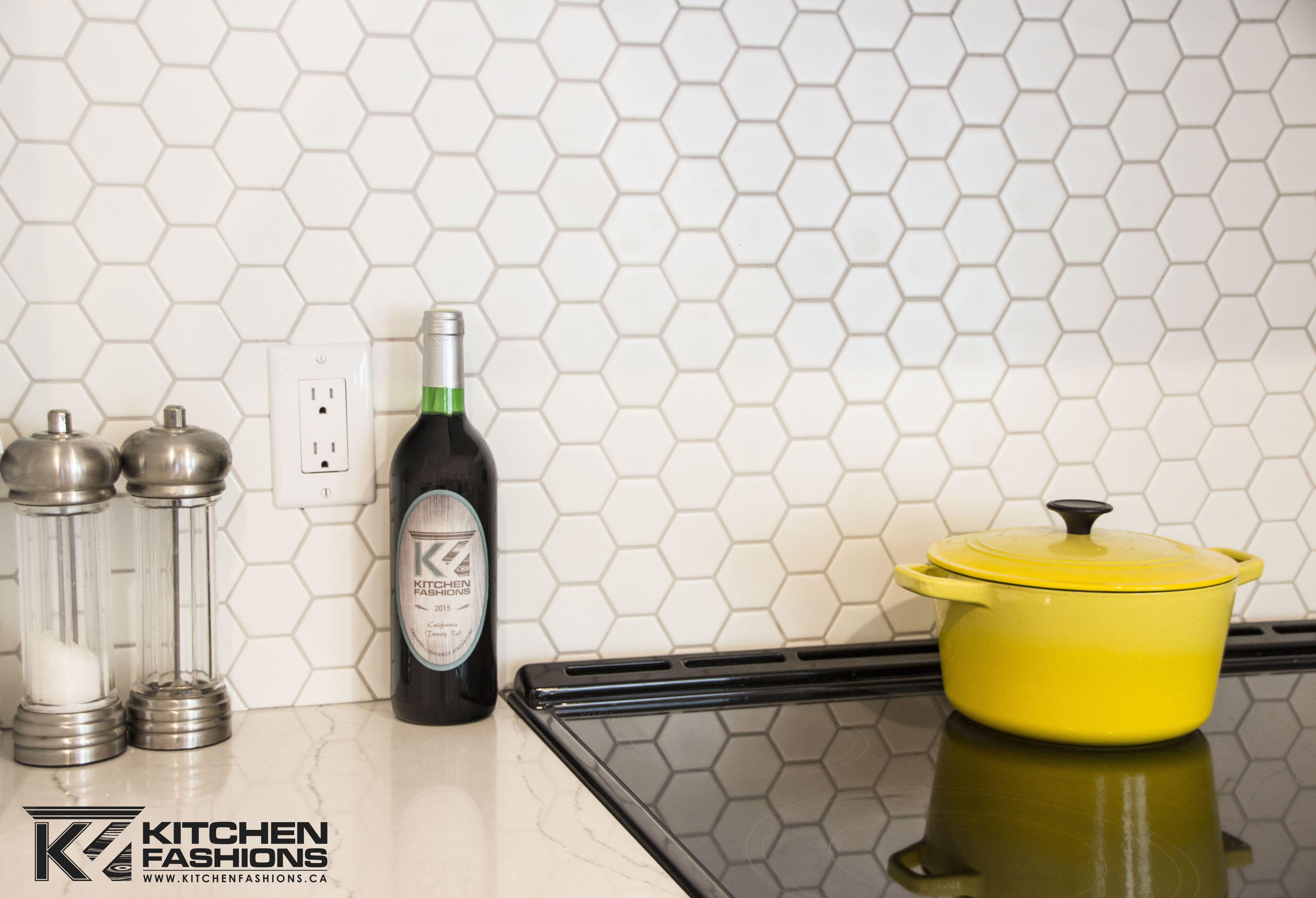 - Love This Honeycomb Backsplash! Cocinas Azulejos, Cocinas, Baldosas