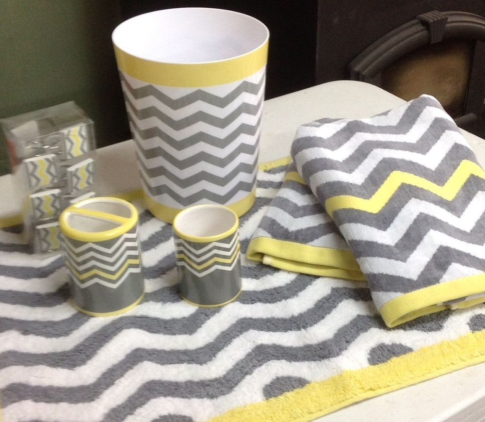 18 Pc Chevron Light Yellow Gray White Bathroom Set Bath Towel Rug Trash NEW