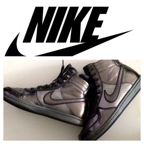 Selling this Gunmetal Silver Nike Dunks in my Poshmark closet! My username  is: choflo