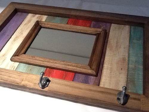 Perchero espejo pizarr n magn tico corcho portarrollo for Espejo madera envejecida