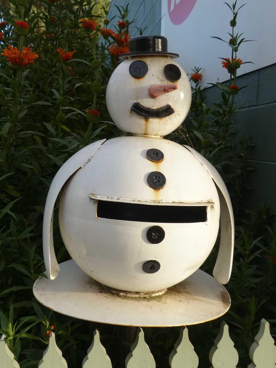 Snowman in Oz Christmas ornaments, Holiday decor