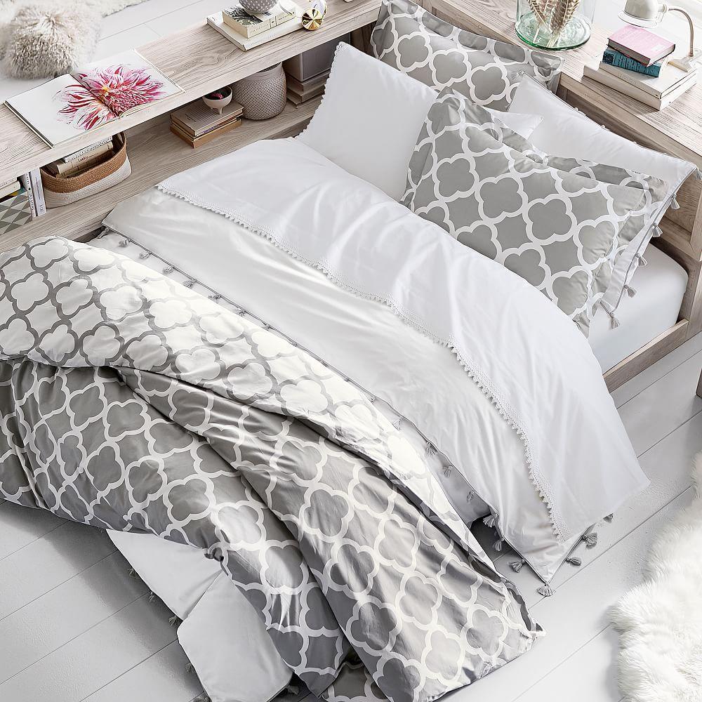 Lucky Clover Reversible Duvet Cover + Sham Bed linens