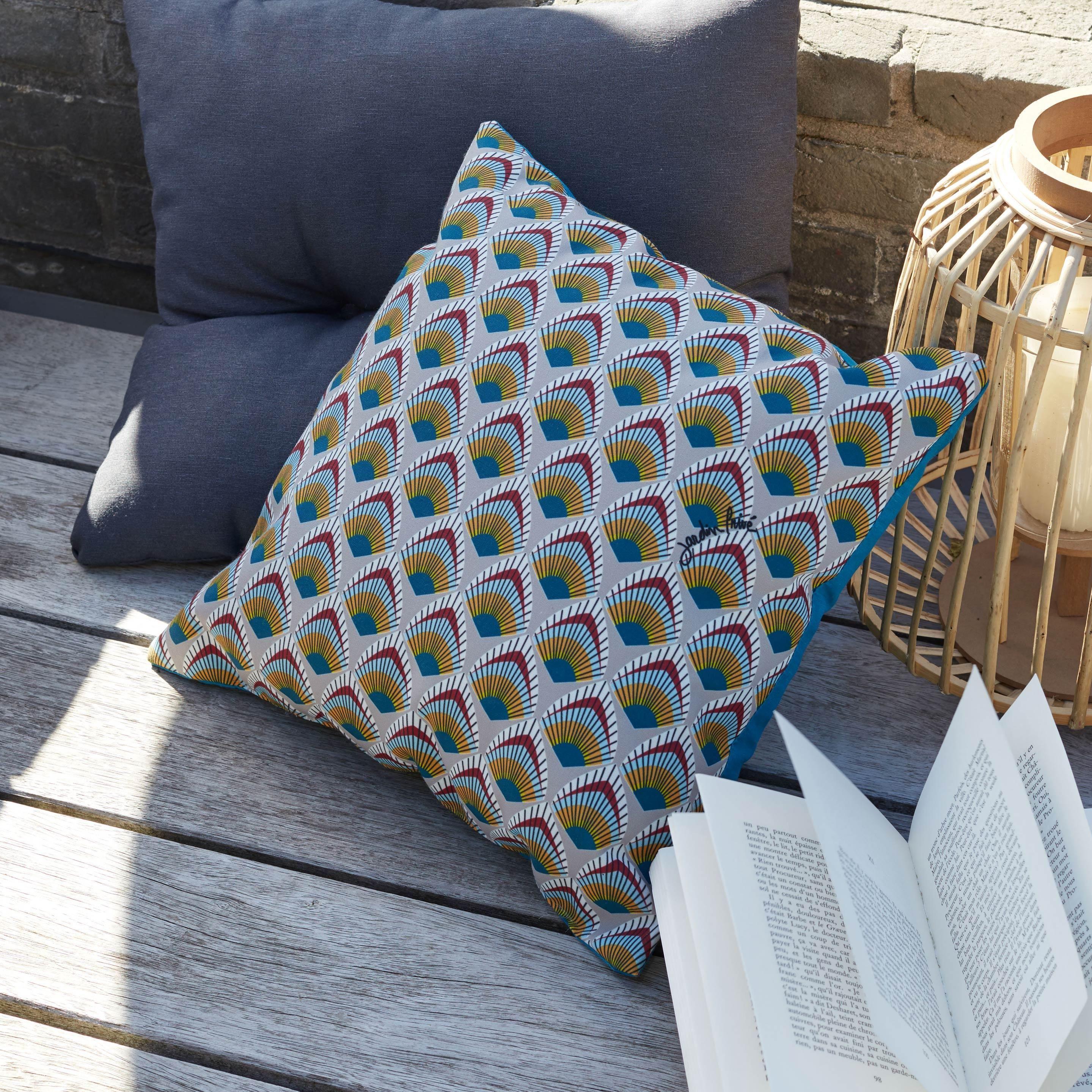 Coussin De Jardin Plume De Paon Jardin Prive Bleu L 40 X H 40 Cm