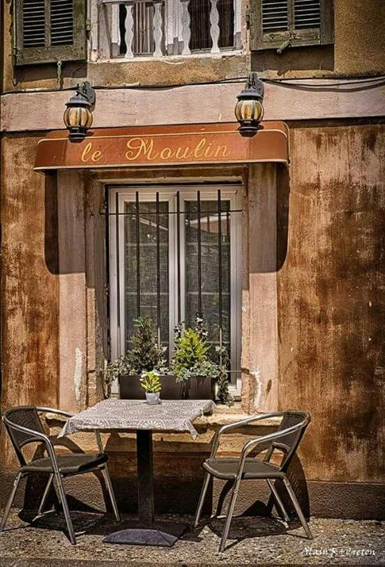 L Isle Sur La Sorgue Sandrine Fossiez Provence France Provence France