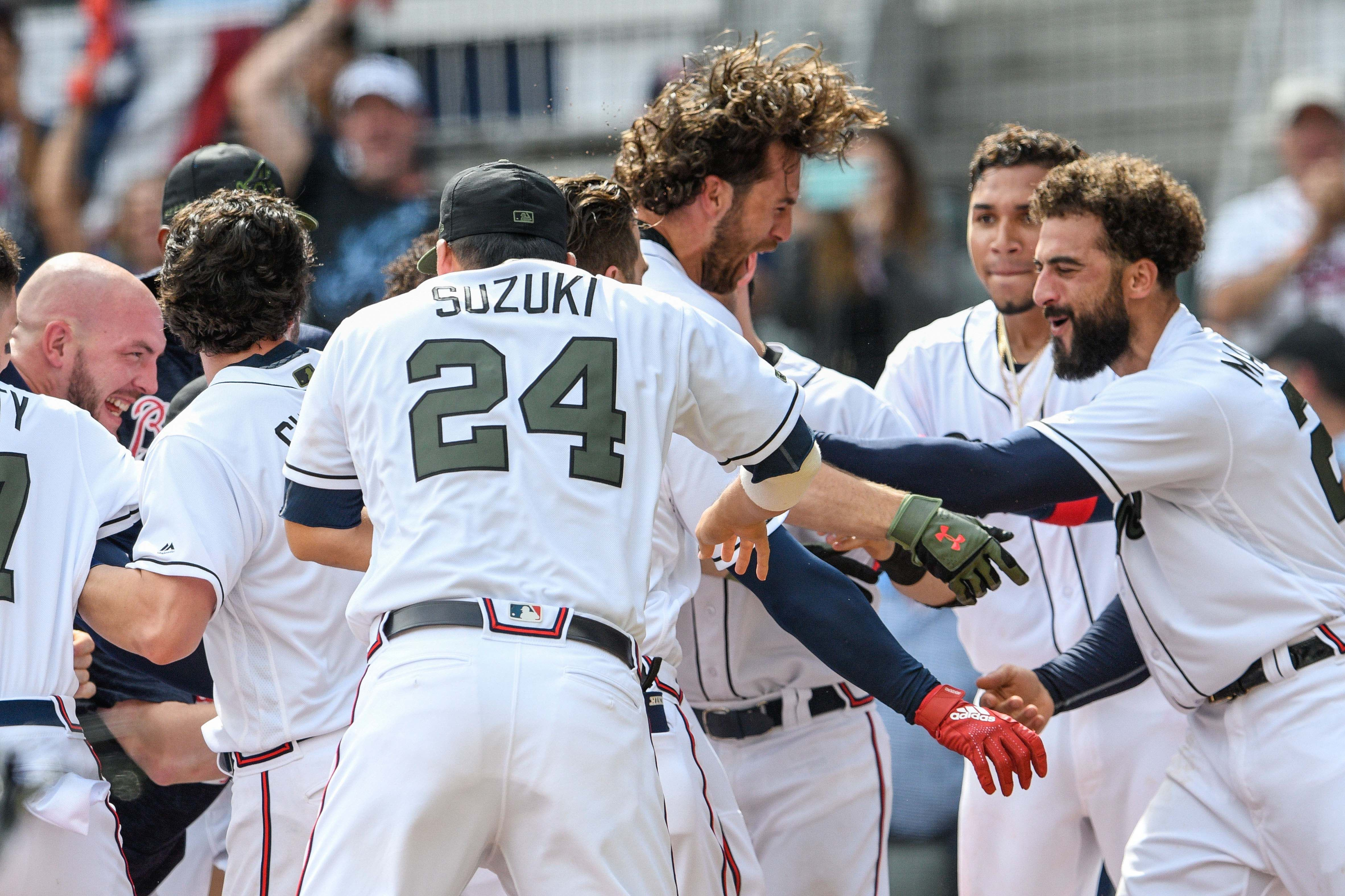 Atlanta Braves Pinch Hitter Charlie Culberson 16 Center In The Air Reacts With Braves Team Mates After Usa Today Sports Atlanta Braves Atlanta Braves Baby