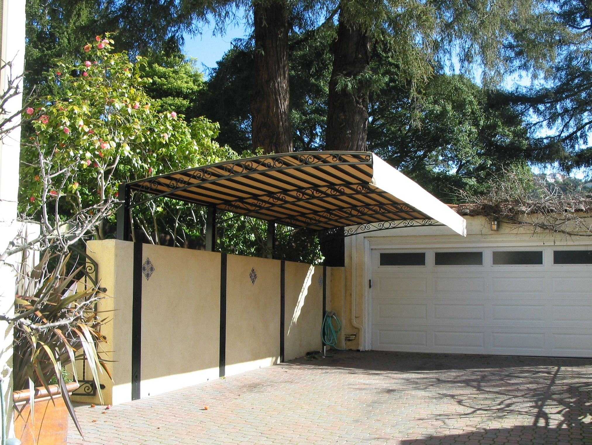 One sided overhang carport Canopy outdoor, Privacy fence
