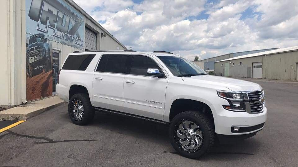 2017 Chevrolet Suburban With 4 Bds Lift And 285 50r22 Tires