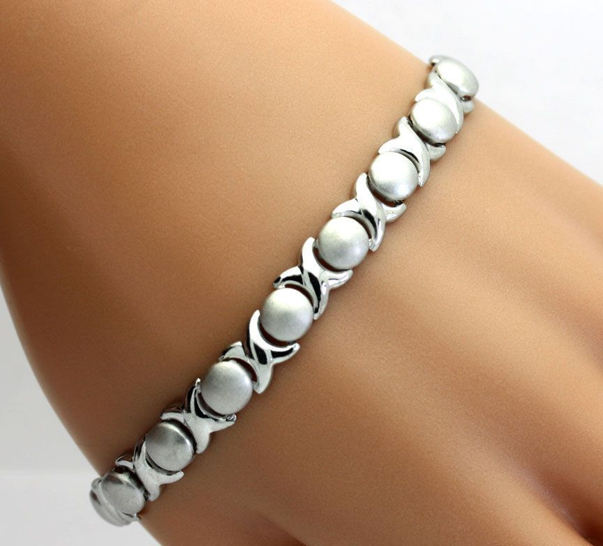 Polished and Satin Finished X and O Bracelet in Sterling Silver