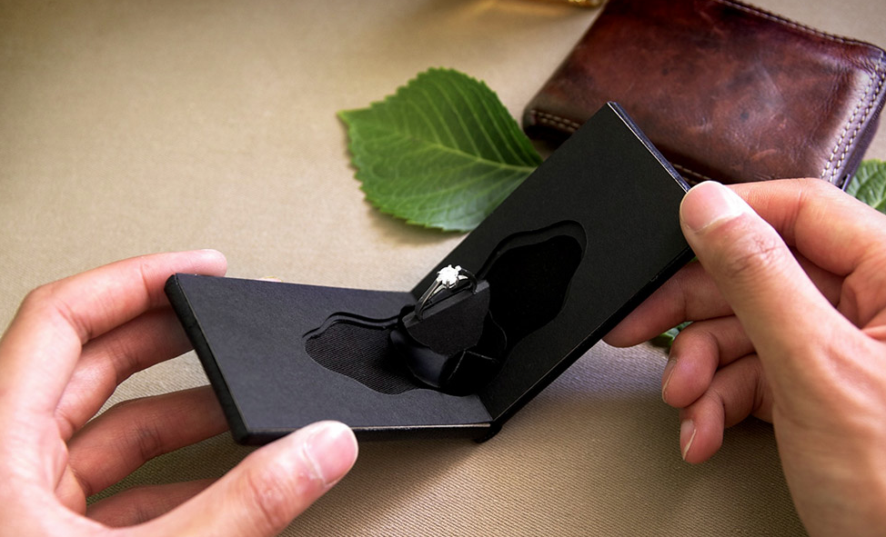 Wedding The Clifton A Flat Leather Engagement Ring Case Http Www