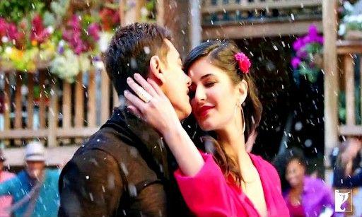 Bossmobi Com Free Download Latest Hindi Punjabi Music Mp3 Songs 3gp Hq Mp4 Hd Videos Movies Wallpapers Ringtones Sms Shaya Dhoom 3 Katrina Kaif Bollywood