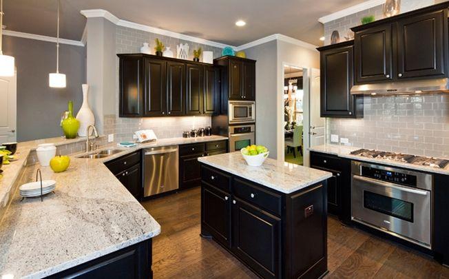 Stanpac-Lake Ridge-Kitchen